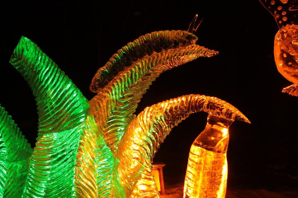 caterpillar ice art 2012
